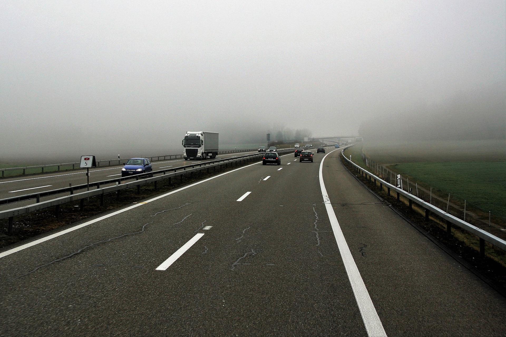 highway-3151762_1920